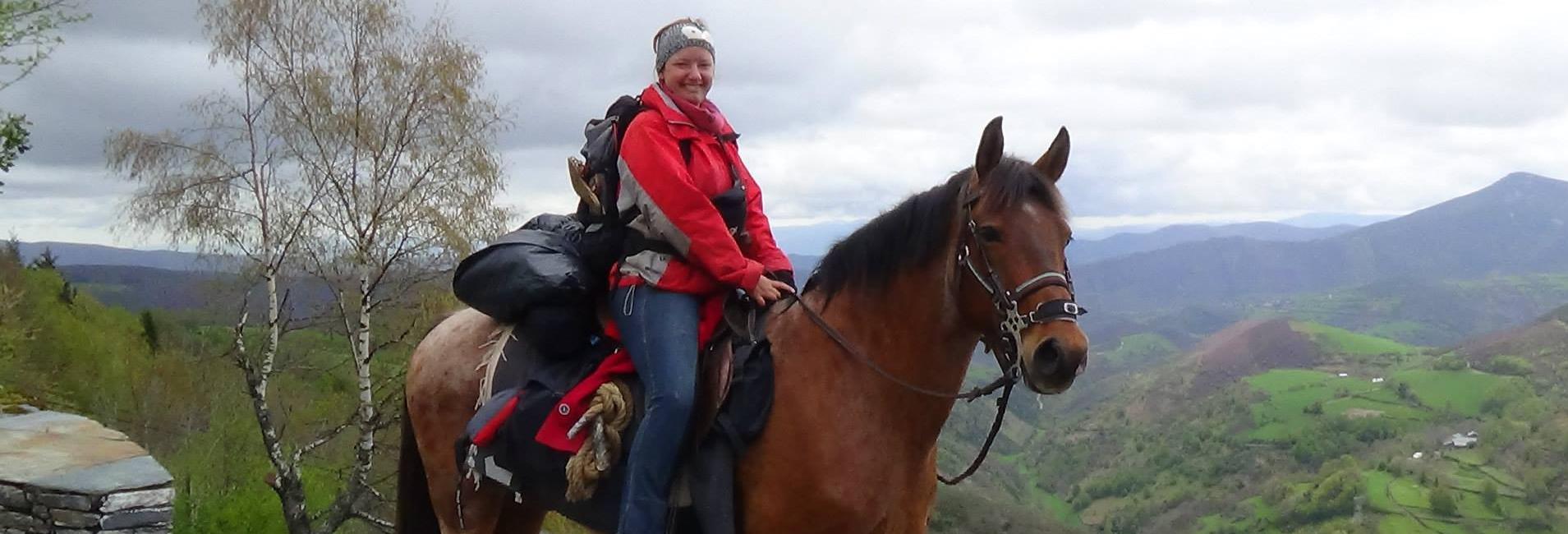 Mit dem Pferd auf dem Jakobsweg – Lisa-Marie im Interview